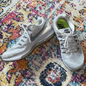 NIKE - ZOOM ALL OUT running sneakers